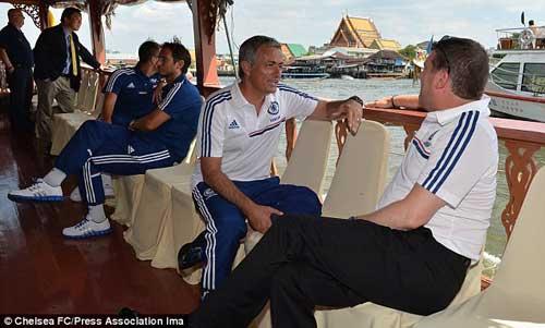 """Mourinho: """"Tôi đặc biệt hơn lúc nào hết"""" - 1"""