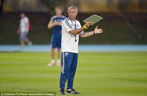 Vụ Rooney: Mourinho muốn là được? - 2
