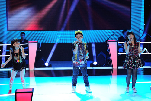 Hot boy nhí bùng nổ The Voice Kids - 3