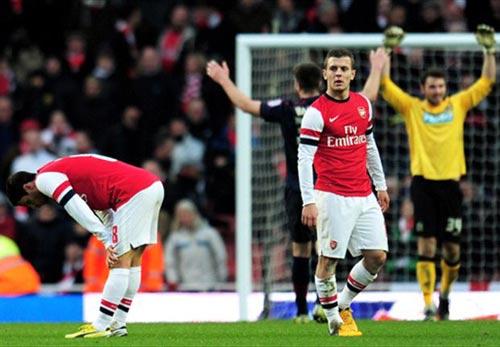 Arsenal trước thời cơ giải khát danh hiệu - 1