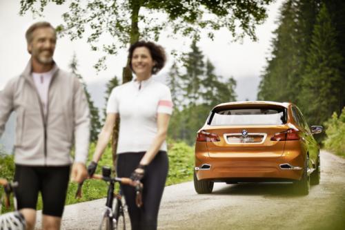BMW Concept Active Tourer: Đẹp nhưng không sản xuất - 9