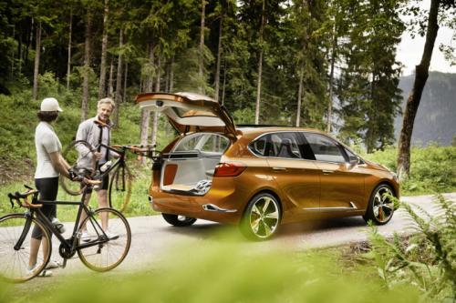 BMW Concept Active Tourer: Đẹp nhưng không sản xuất - 10