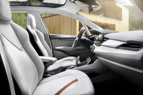 BMW Concept Active Tourer: Đẹp nhưng không sản xuất - 14