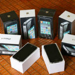 """Công nghệ thông tin - Dân buôn iPhone xách tay và nghệ thuật """"hốt tiền"""""""