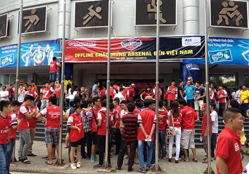 Fan Việt làm nóng không khí đón Arsenal - 3