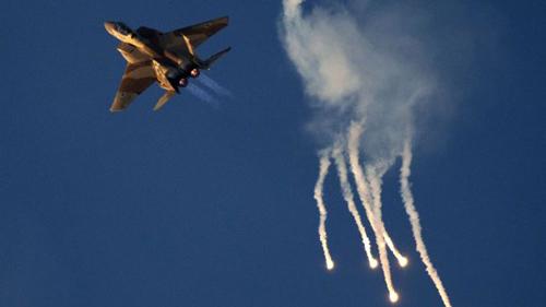 Israel không kích kho tên lửa Nga ở Syria - 2