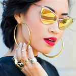 10 mẫu kính tôn vinh gương mặt phái đẹp