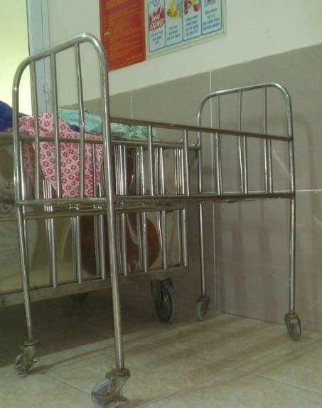 Điều dưỡng BV làm rơi 5 trẻ sơ sinh - 1