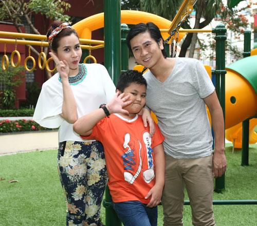 Vợ chồng Hồ Hoài Anh quậy cùng trò nhí - 4