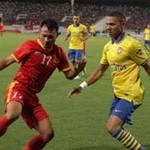 Bóng đá - Bên lề VN - Arsenal: Ngày hội bóng đá