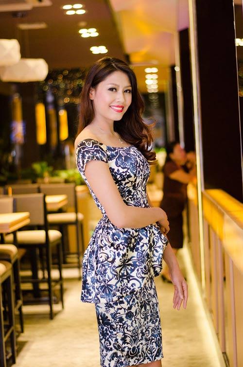 Nguyễn Thị Loan ngày càng đẹp mặn mà - 6