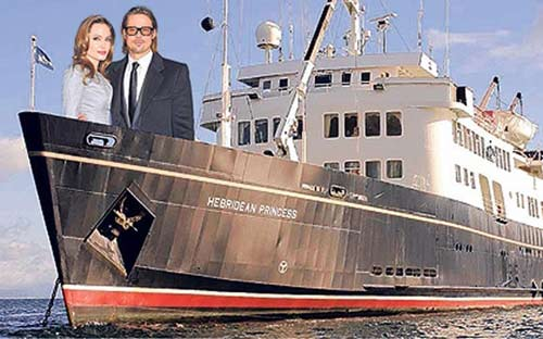 Pitt sẽ cưới Angelina trên thuyền 10 tỉ - 1