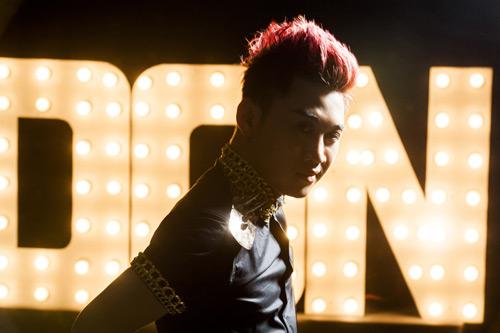 """Don Nguyễn """"lột xác"""" khỏi """"vua hát nhép"""", Ca nhạc - MTV, Don Nguyen, vua hat nhep, ca sy hai, lot xac, con mo, mv moi, ngoi sao, nghe sy, ca nhac vn, ca sy, tin tuc"""
