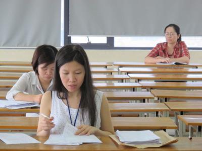 Hé lộ chấm kiểm tra 5% bài thi đại học - 1