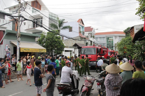 Cháy nhà, sơ tán khẩn cấp 60 trẻ mầm non - 2