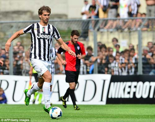 Juventus - Val D`Aosta: Tevez nổ súng - 6