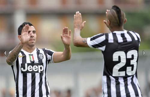 Juventus - Val D`Aosta: Tevez nổ súng - 5