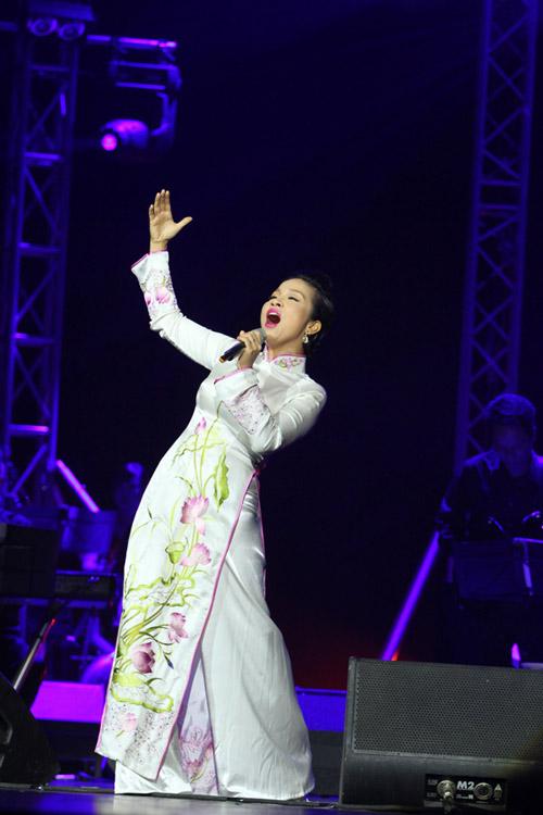Nổi da gà với Mỹ Linh, Hồng Nhung - 6