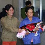 Tin tức trong ngày - 3 trẻ tử vong sau tiêm: Nước mắt mẹ cha