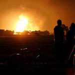 Tin tức trong ngày - Mexico: Đục trộm đường ống dẫn dầu gây nổ lớn