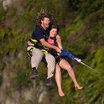 Phi thường - kỳ quặc - Chơi đu 90km/giờ ở độ cao 450 mét
