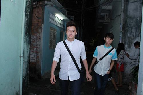 Sao Việt viếng Wanbi trong đêm - 10