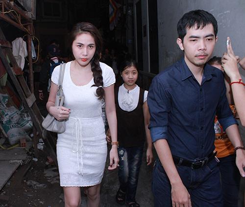 Sao Việt viếng Wanbi trong đêm - 4