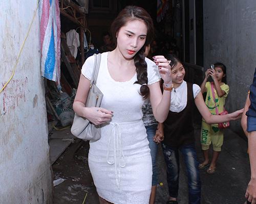 Sao Việt viếng Wanbi trong đêm - 5