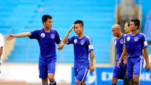 QNK Quảng Nam nợ lương thưởng cầu thủ: Chưa chi đã rối - 1
