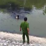 An ninh Xã hội - Kẻ trộm xe bơi trong nước bẩn sông Tô Lịch