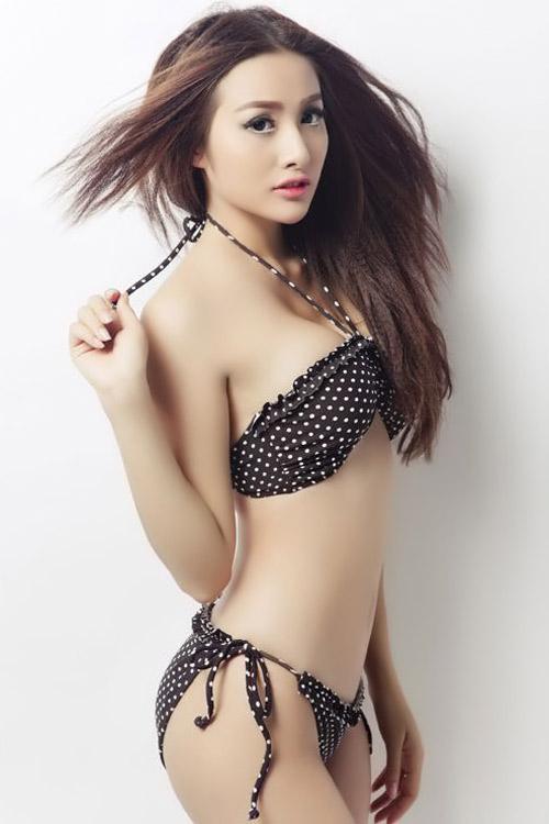Người đẹp ngọt ngào với bikini chấm bi - 9