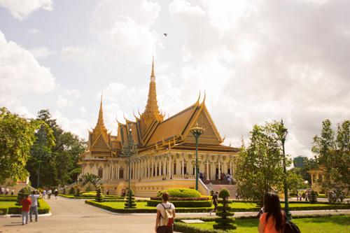 Khám phá vẻ đẹp bí ẩn của Campuchia - 11