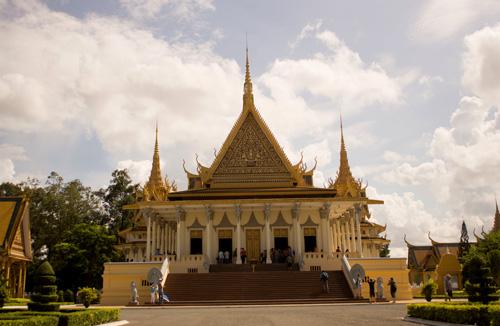 Khám phá vẻ đẹp bí ẩn của Campuchia - 12