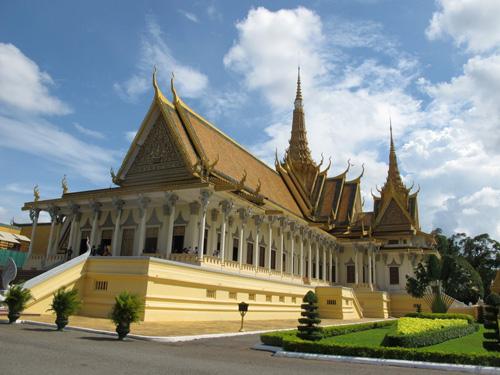 Khám phá vẻ đẹp bí ẩn của Campuchia - 13