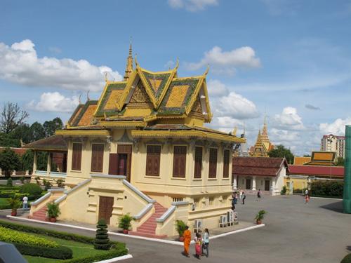 Khám phá vẻ đẹp bí ẩn của Campuchia - 14