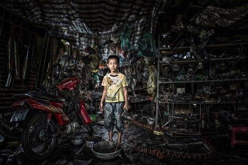 Hồ Quang: Nhiếp ảnh gia của trẻ em nghèo - 7