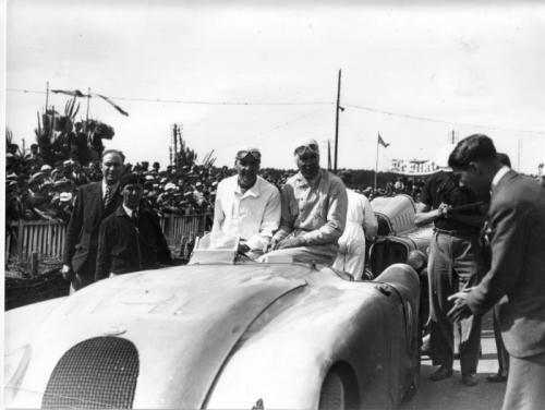 "Bugatti Legend ""Jean-Pierre Wimille"": Vinh danh huyền thoại - 2"