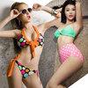 Người đẹp ngọt ngào với bikini chấm bi