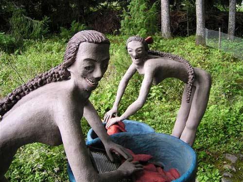 Những bức tượng kỳ quái ở rừng Phần Lan - 10