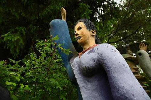 Những bức tượng kỳ quái ở rừng Phần Lan - 4