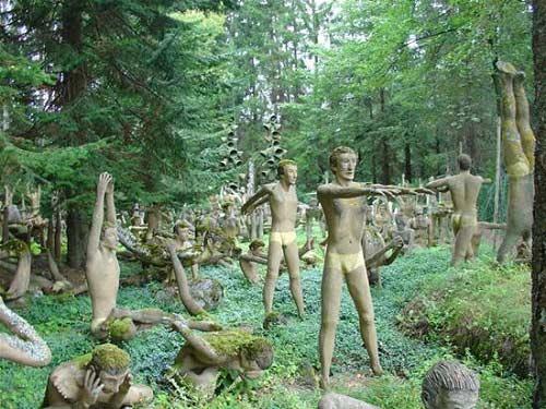 Những bức tượng kỳ quái ở rừng Phần Lan - 9