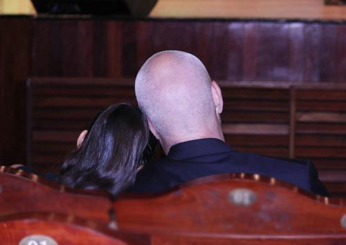 Thu Minh hạnh phúc hôn chồng - 7