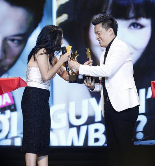 Thu Minh hạnh phúc hôn chồng - 9