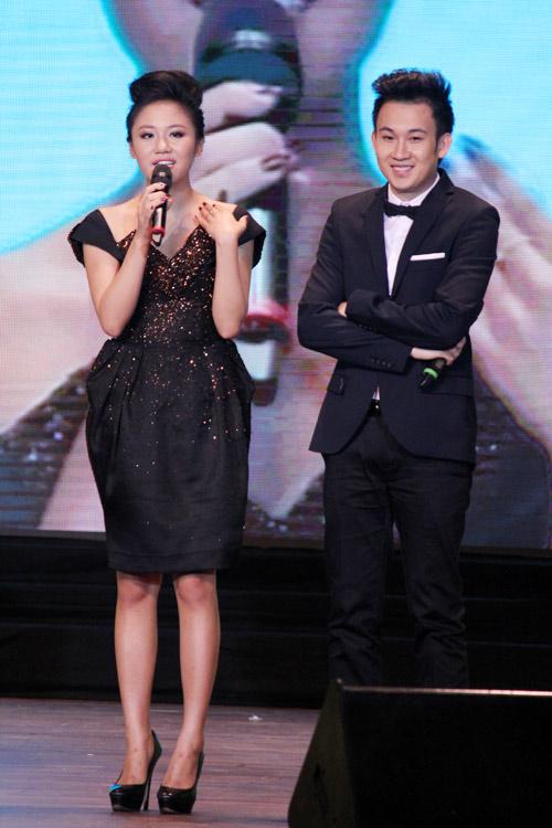 Thu Minh hạnh phúc hôn chồng - 10