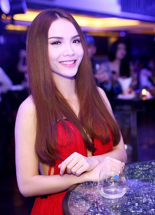 Yến Trang tự tin khoe thế mạnh cơ thể - 5