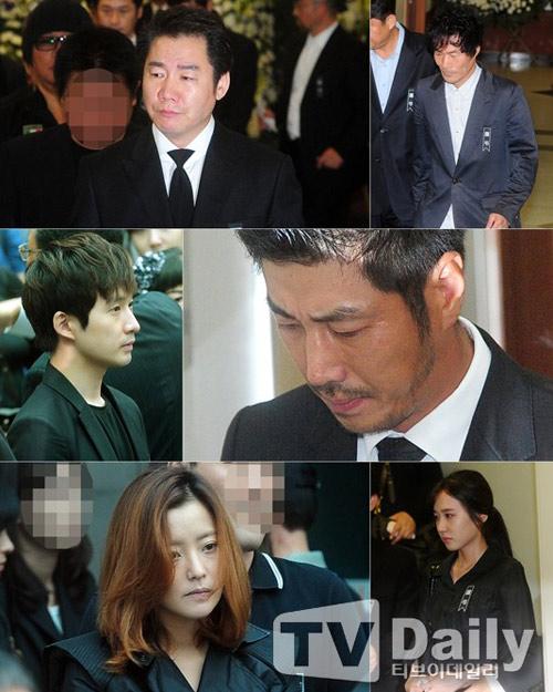 """Kim Hee Sun phờ phạc trong tang lễ """"ông trùm"""" - 3"""