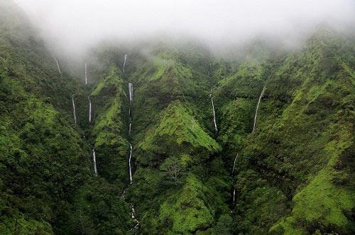 Thăm bức tường nước mắt ở Hawaii - 3