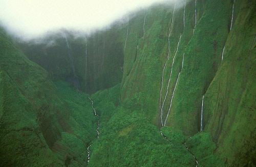 Thăm bức tường nước mắt ở Hawaii - 5