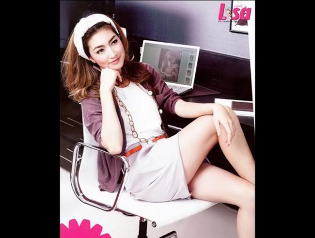 Pancake sinh năm 1988, cô đã tốt nghiệp cao học trường Ram KhamHaeng, khoa Khoa học chính trị, ngành Quản lý công.