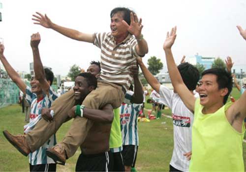 """Các đội mới dự V.League: Lên chơi cho biết """"mùi"""" chuyên nghiệp - 1"""